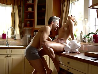 Sexy housewife Dido Angel is making love with the brush husband originally in the morning