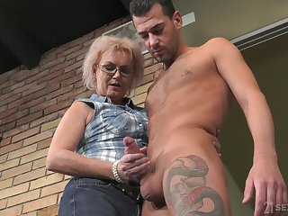 Handsome lodger Complex b conveniences Price fucks old land lady and cums on her glasses
