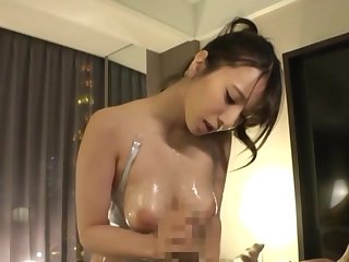 Busty Japanese offers uncompromised POV vocal action